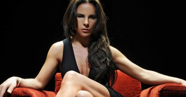 Kate del Castillo is Wanted in Mexico for El Chapo incident, Sean Penn ratted her out.