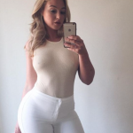 iskra-lawrence-sexy-pics-curves-selfie